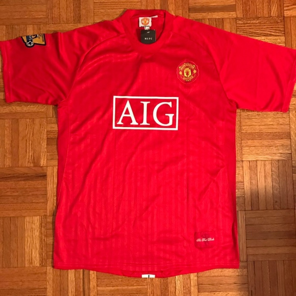on sale c60f7 70402 Cristiano Ronaldo Manchester United FC AIG Jersey NWT